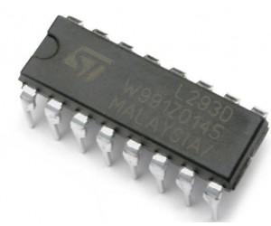 L293D Motor Driver IC